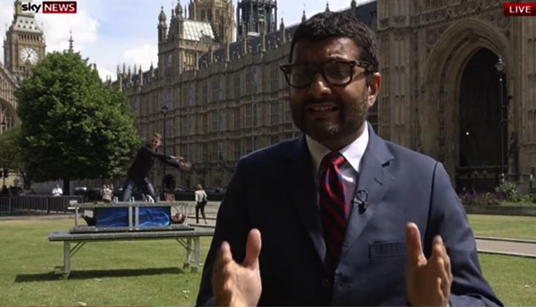 "Dos magos ""arruinan"" el pase de un reportero de Sky News"