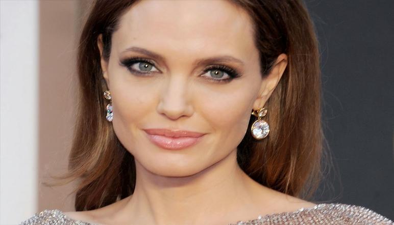 Angelina Jolie se extirpa los ovarios para reducir el riesgo de cáncer