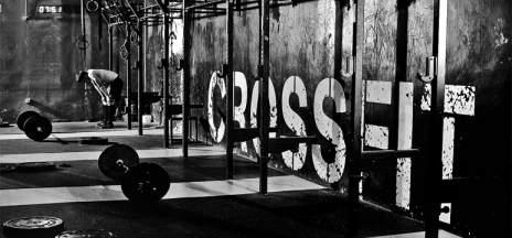 ¿Qué es el CrossFit? Entrenamiendo militar de moda