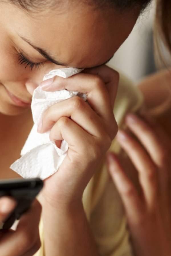 El 30% de los adolescentes termina las relaciones a través de mensajes de texto
