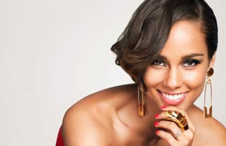 Alicia Keys cumple su desafío: acude a los MTV con la cara lavada